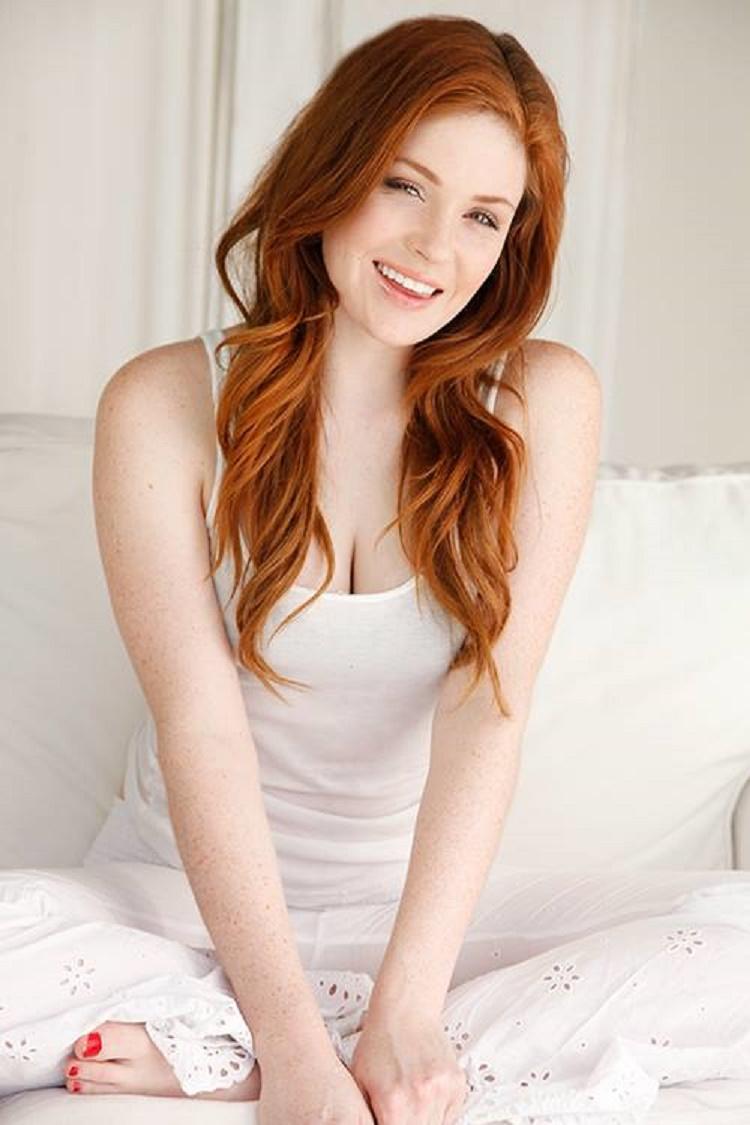 Petite hairy natural redhead girlfriend — photo 15