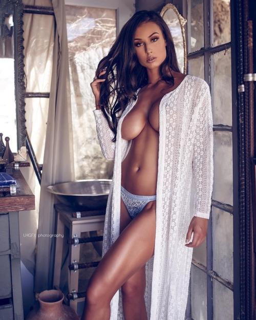 Bianca Kmiec Playboy Girl Photoshoot Models Fuckamouth 1